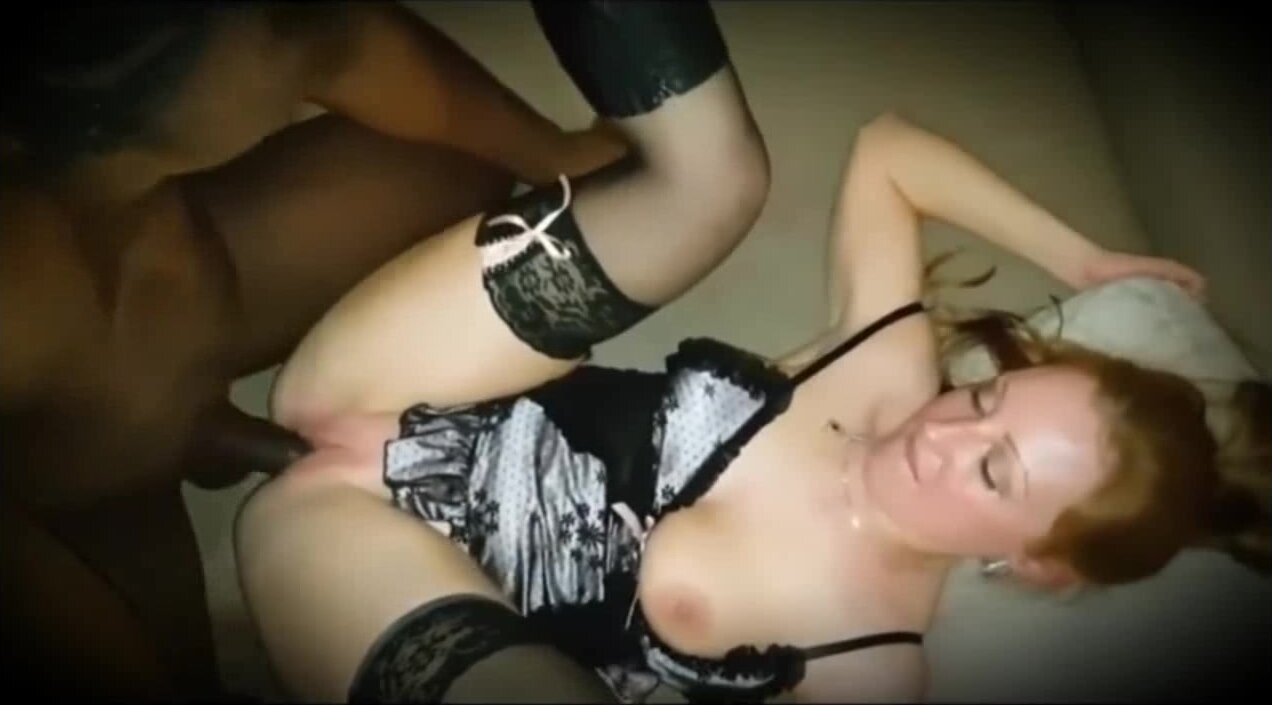 NaughtyNatty Shows Cuckold Hubby She Loves That BBC